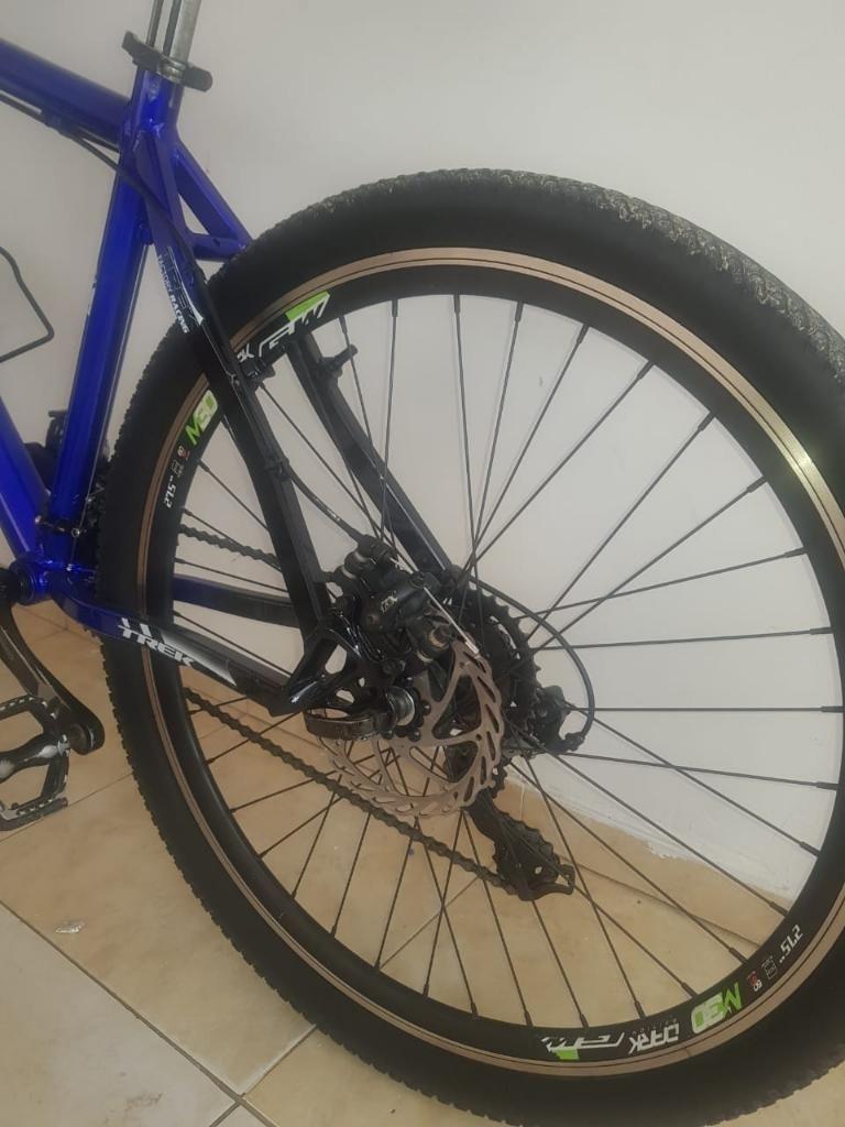 Vendo Hermosa Bicicleta en Aluminio Rine