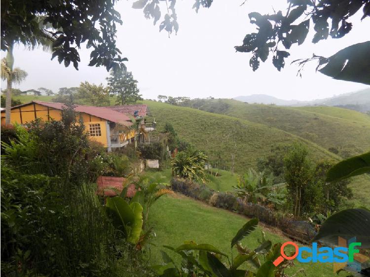 Se Vende Casa Finca En Santa Rosa De Cabal