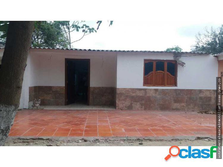 Vendo amplia casa recien remodelasa union directo