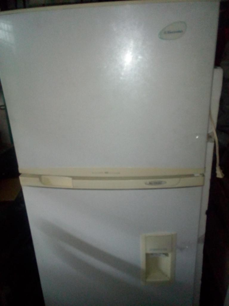 nevera no frost electrolux de 400 litros ideal para negocio