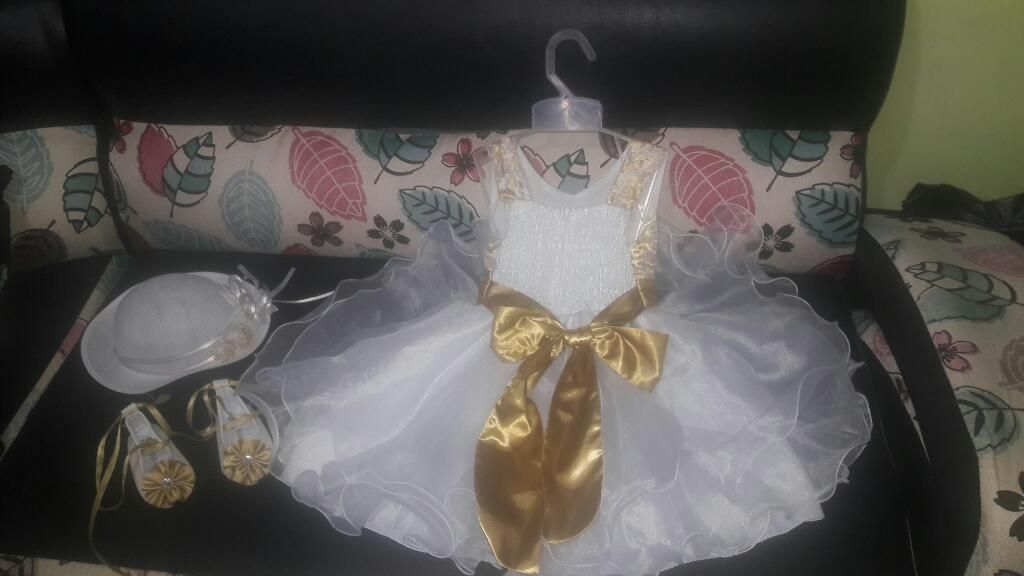 Se Vende Vestido de Bautizo Importado