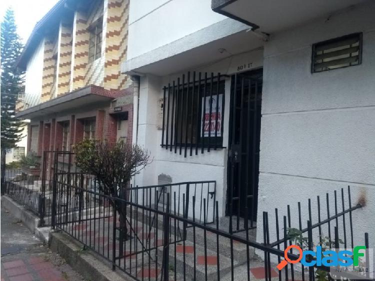 Casa en Arriendo Laureles sector Lorena