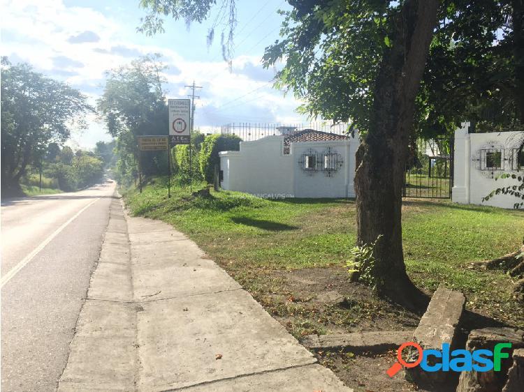 VENTA DE FINCA 80 CUADRAS EN LA TEBAIDA