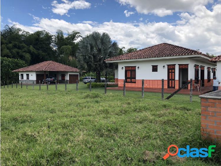 VENTA DE LOTE 10.000 m2 CONJUNTO CERRADO ARMENIA