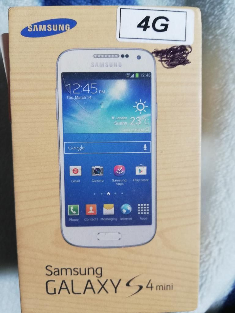 Celular Samsung S4 Mínimo