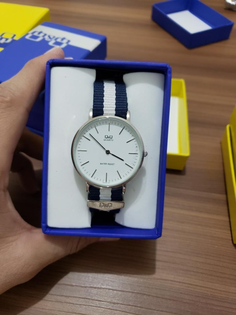 Vendo Hermosos Reloj Q&q