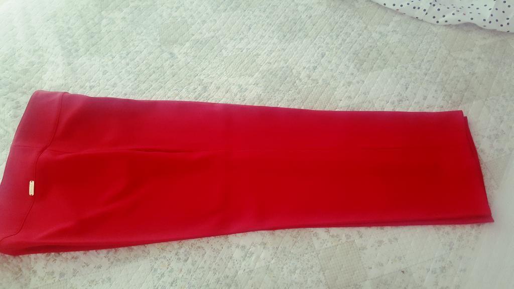 Vendo Pantalon Color Rojo, Talla 12 Nuev