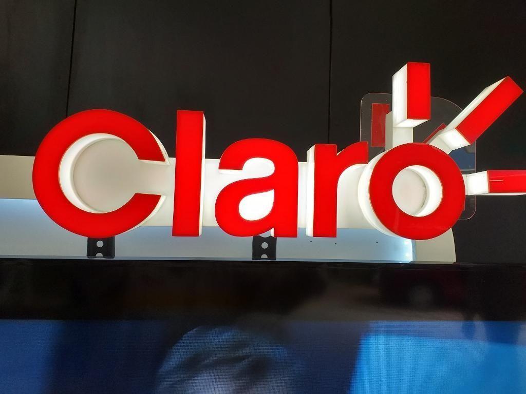 9c7e690f4c6 Centros comerciales afiliación claro hogar y negocios.