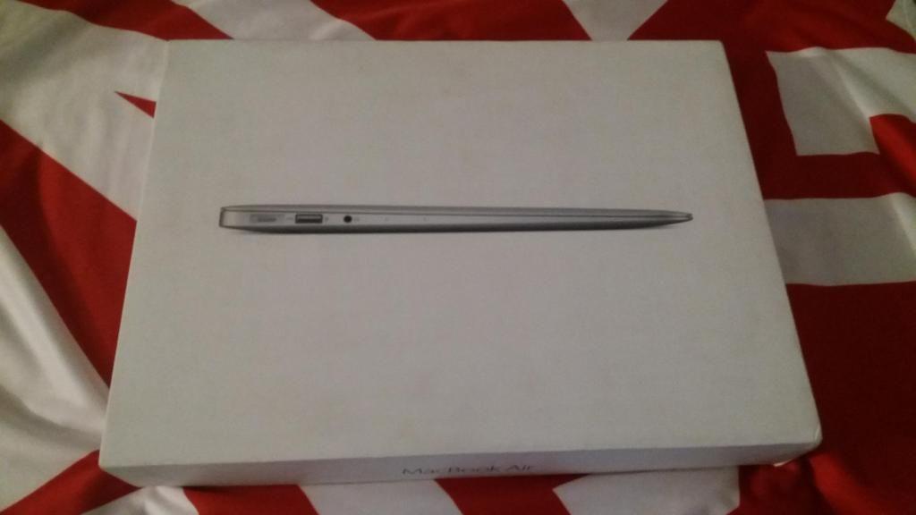 Portátil Macbook AIR CORE i5 MEDIADOS DEL  DE 13