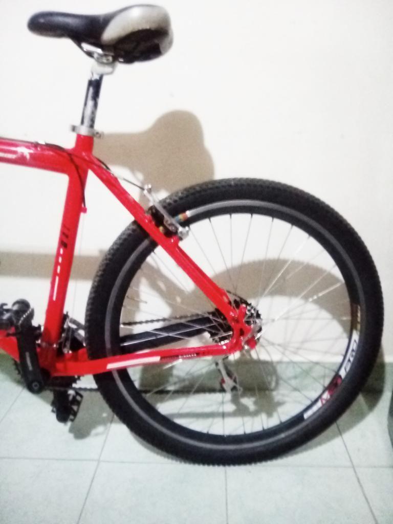 Vendo Bicicleta Gw Scorpions Roja