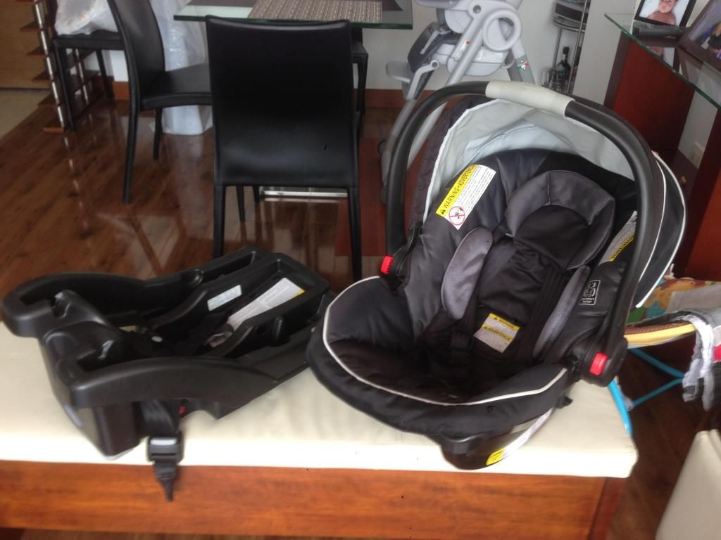 Silla de Bebe para Carro Graco SnugRide Click Connect 35