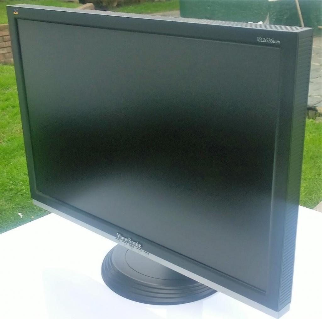 VENDO MONITOR LCD VIEWSONIC DE 26 PULGADAS