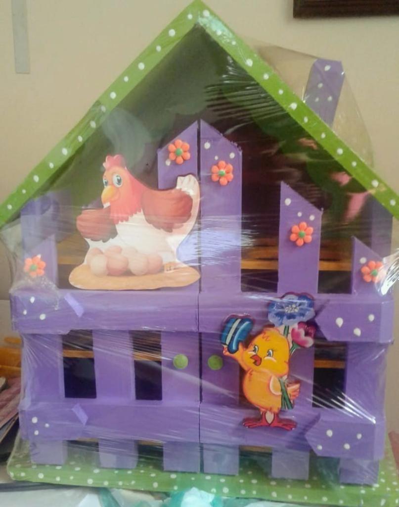 Casa para Los Huevos Hermosas