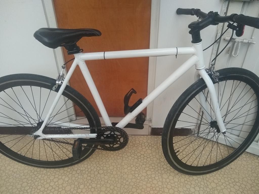 Vendo Bicicleta Fixie en Aluminio