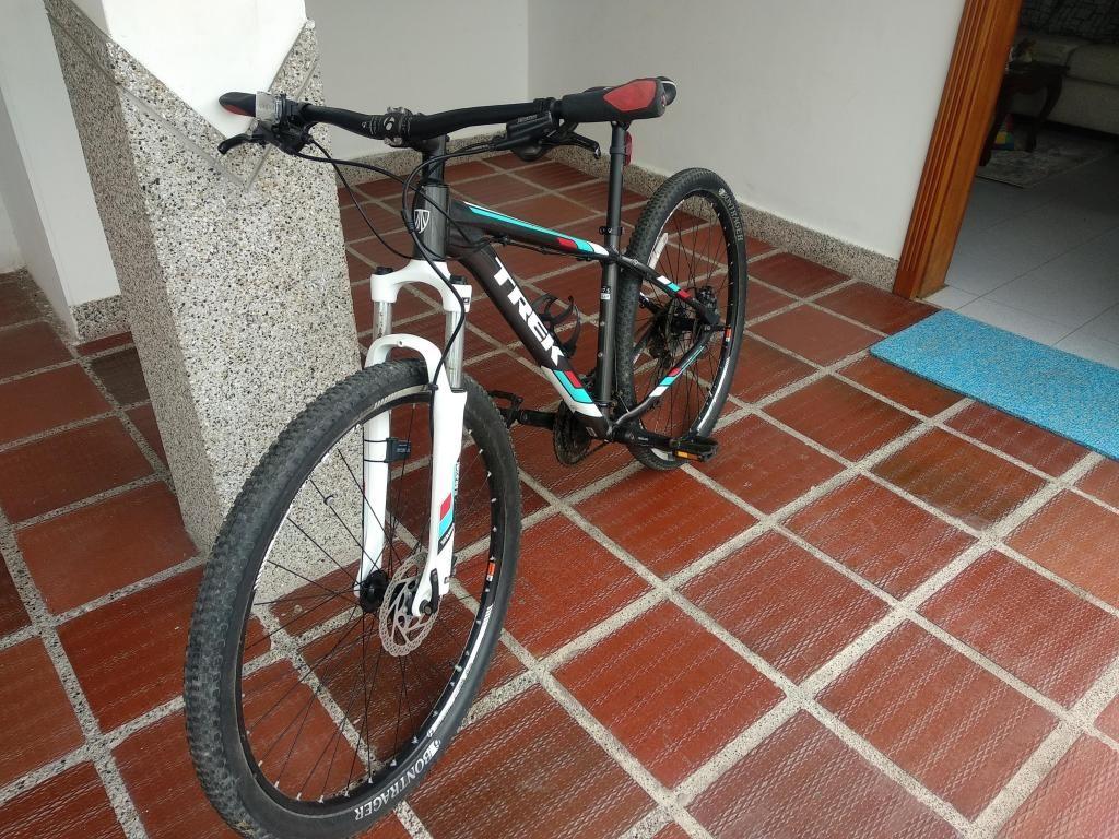 Bicicleta Trek MTB Marlin 7