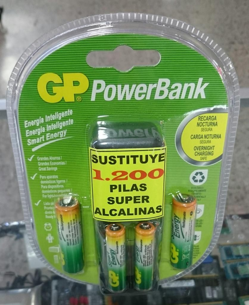 Cargador de Baterias Recargables mAh 2AA 2AAA GP