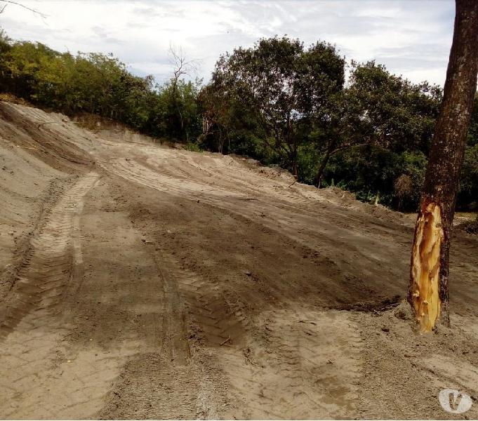 Se vende excelente tierra a dos kilómetros de San Luis