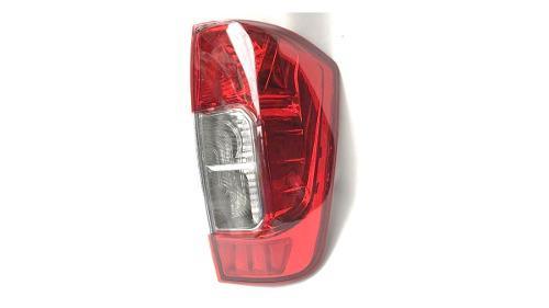 Stop Derecho Nissan Frontier Np 300 2015-2018...