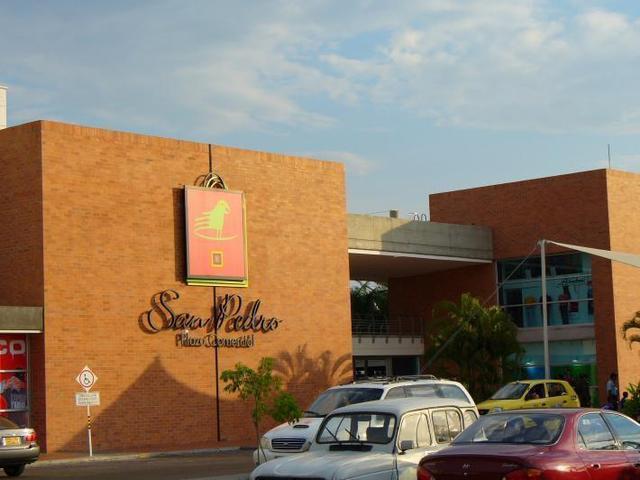 Alquiler de Local en Centro Comercial San Pedro, Neiva.