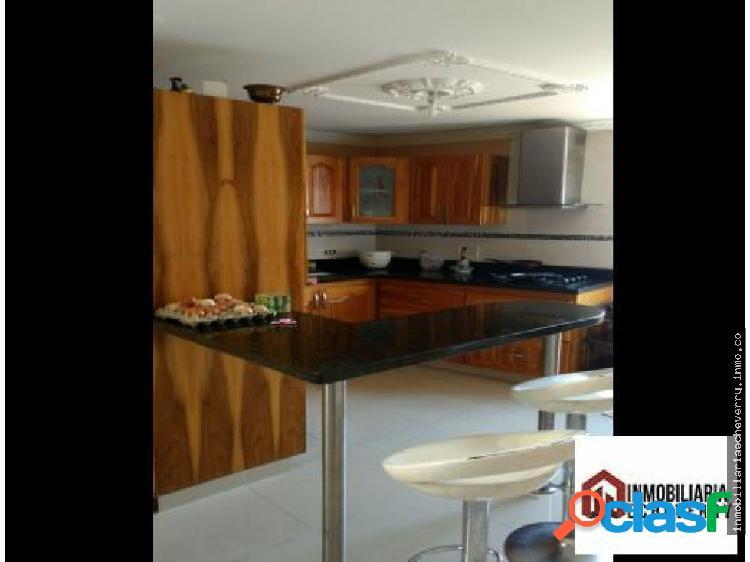 Apartamento en Venta Simón Bolivar 380 MILLONES