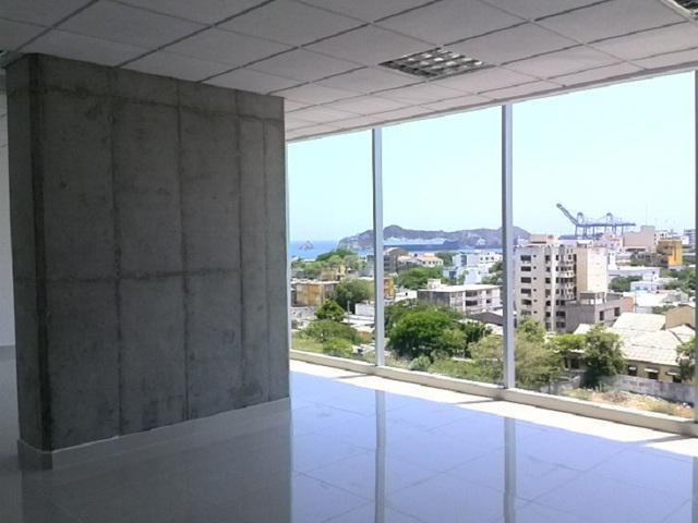 Arriendo oficina en Torre Empresarial en Santa Marta
