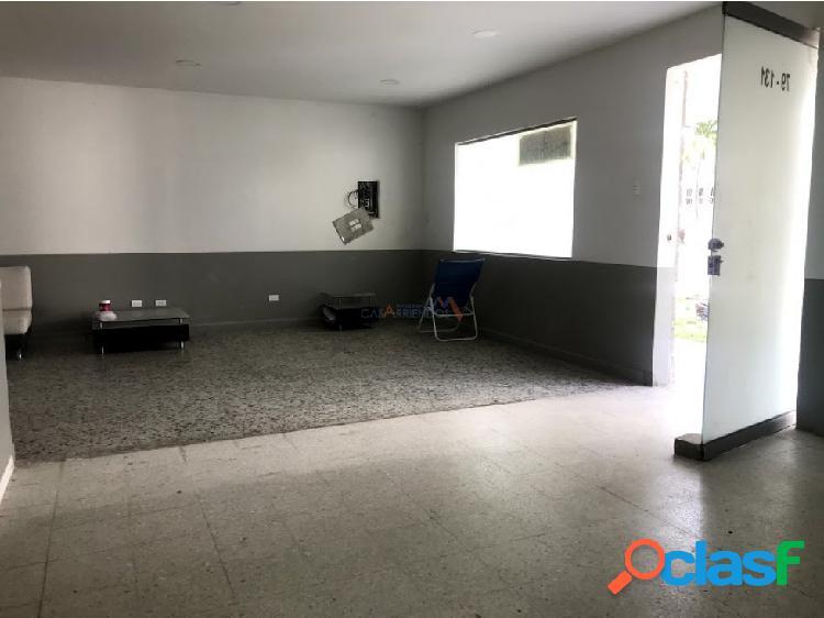 Casa comercial Alto Prado