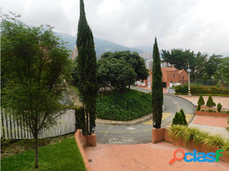 Casa en Arriendo en Medellin el Poblado