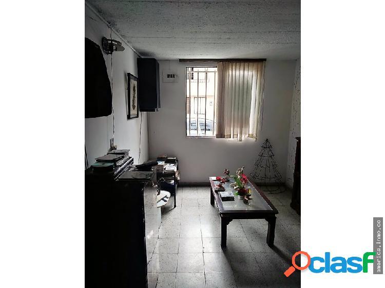Casa en Venta 2 Niveles Prados de Sabaneta