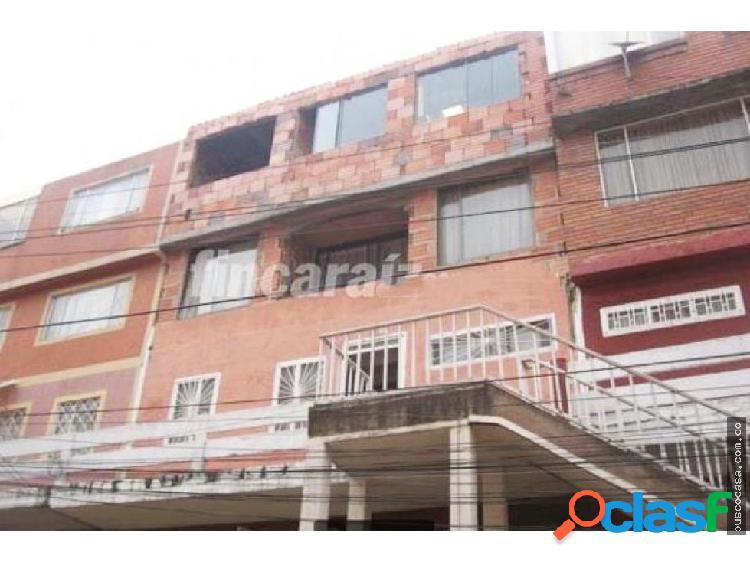 Casa en Venta Ubicada en Bachue Bogotá