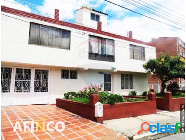 Casa en Venta ubicada en Ciudad Jardin Bogotá
