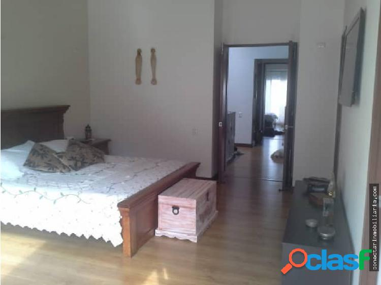 Casa en venta Envigado sector Montesori