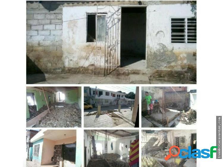 Casa lote barrio el Carmelo Cartagena