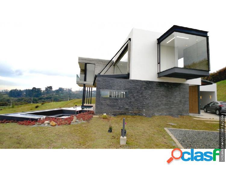 Casa nueva en venta Envigado Alto de Las Palmas