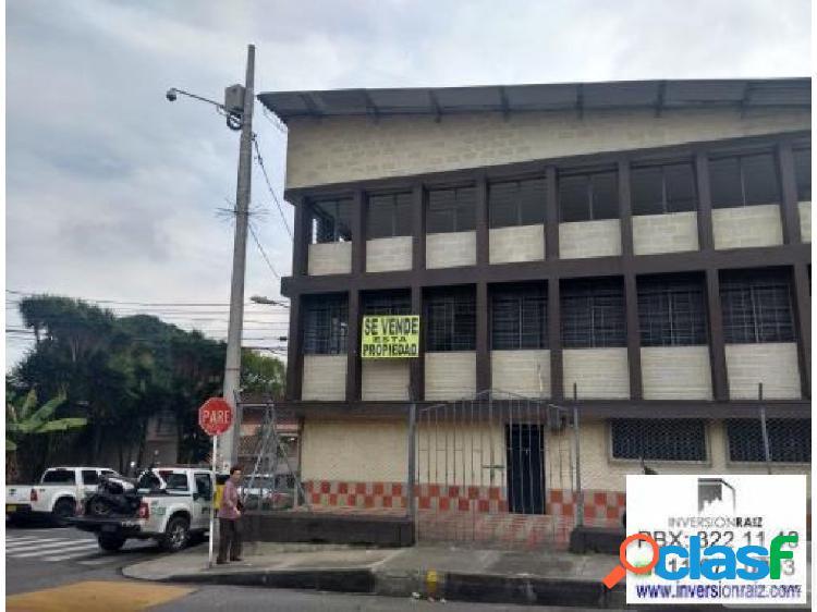 Local Esquinero en venta envigado centro