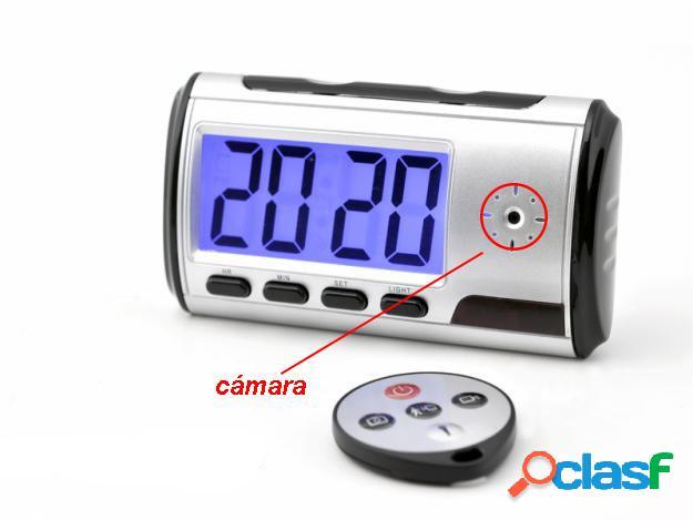 Reloj de Mesa con Camara a Control Remoto