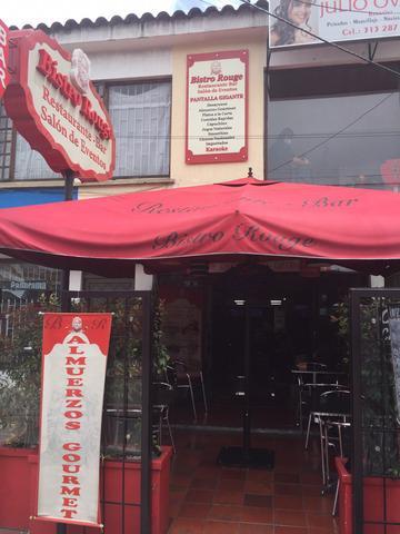 Restaurante Bar Salon de Eventos