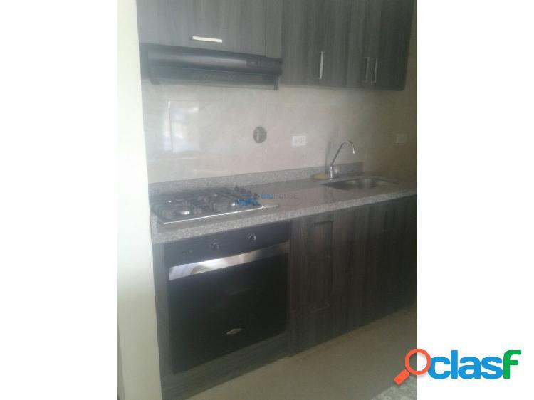 Se Arrienda apartamento Los Sauces T6345