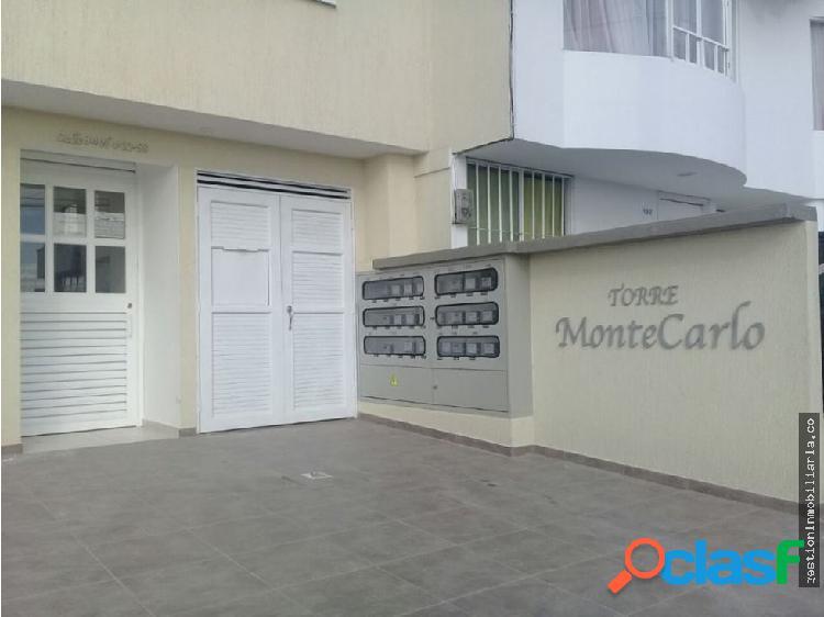 Se Vende Apartamento en Edificio Montecarlo