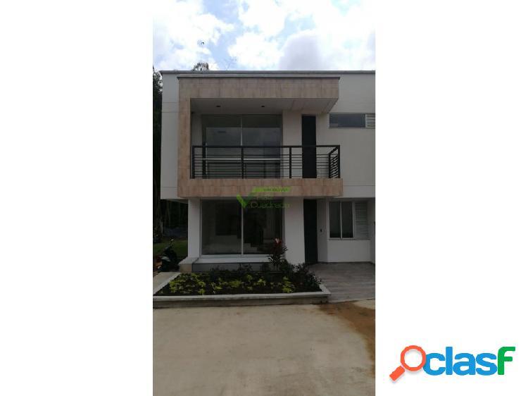 Se Vende Casa en La Cielito, Pinares, Pereira.