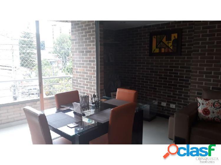 Se vende Apartamento en La Castellana, Medellin.