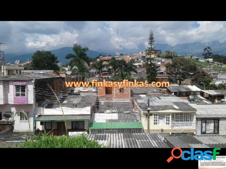 Se vende Casa Lote Barrio Centenario Armenia