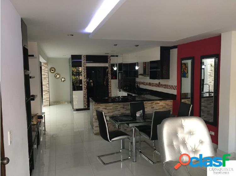 Se vende espectacular Apartamento en Laureles