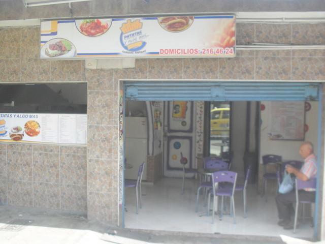 Se vende negocio de comidas.