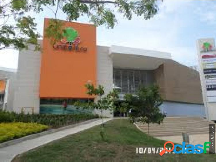 VENDO LOCAL EN UNICENTRO GIRARDOT 40 M2