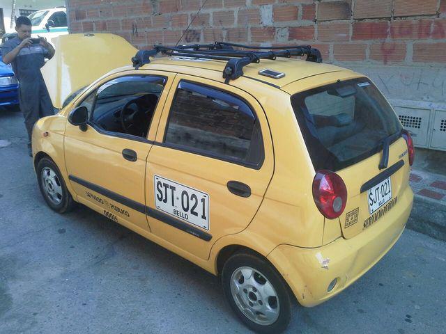 Vencambio taxi mod 2007 1000cc con gas