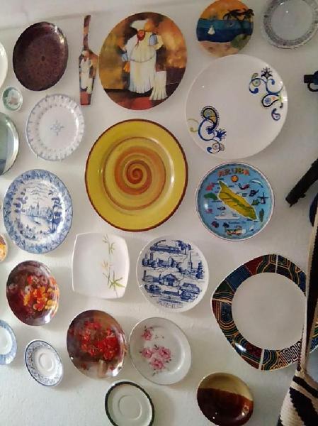 Vendo platos para decorar la casa