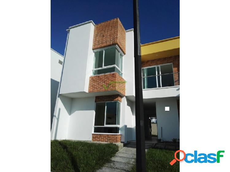 Venta Casa en Condominio, Pereira Cerritos.