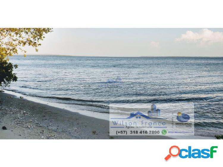 Venta Terreno con Playa, Isla Barú, Cartagena