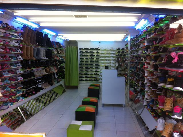 Venta de Almacén de calzado en Bogotá.