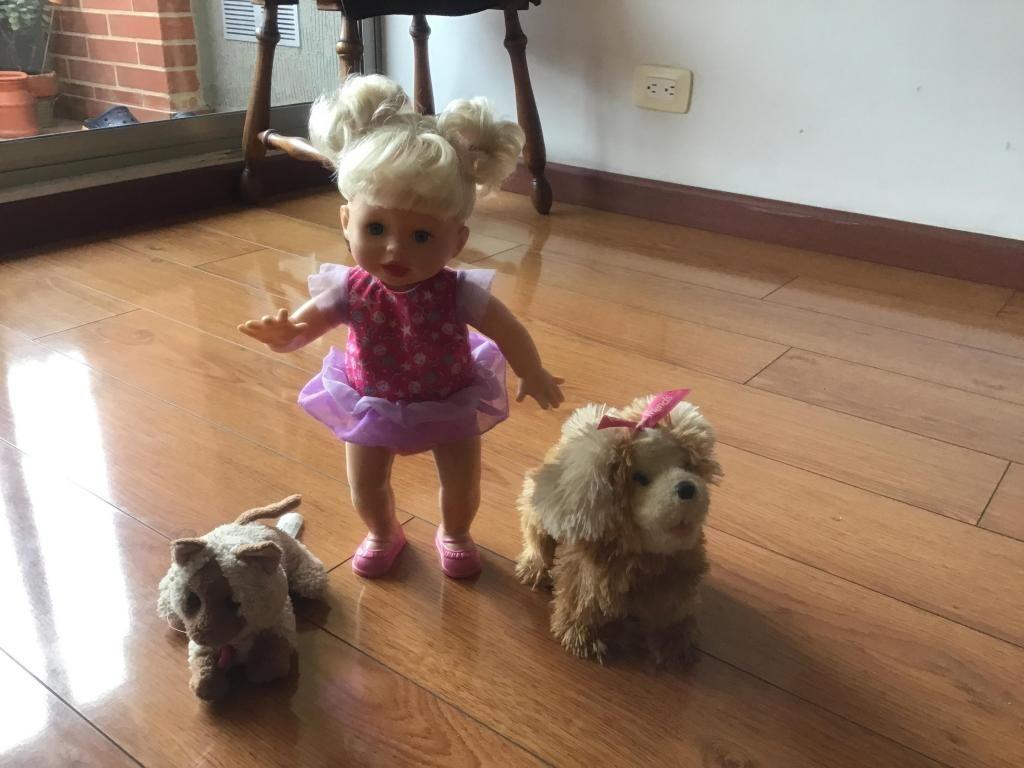 Muñeca, perro y gato de baterías los 3 juguetes, en